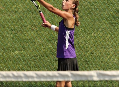 Freshman tennis player places second in section championships