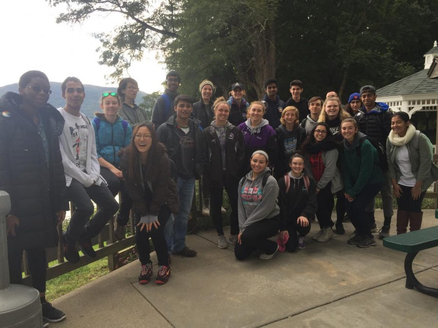 AP Biology and AP Environmental students go on a field trip to Hudson River area